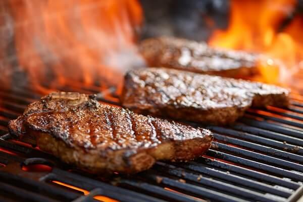 thịt bò nướng cũng là thực đơn món nướng ngon miệng