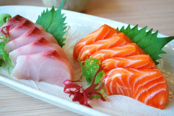 thịt dê kỵ với sashimi